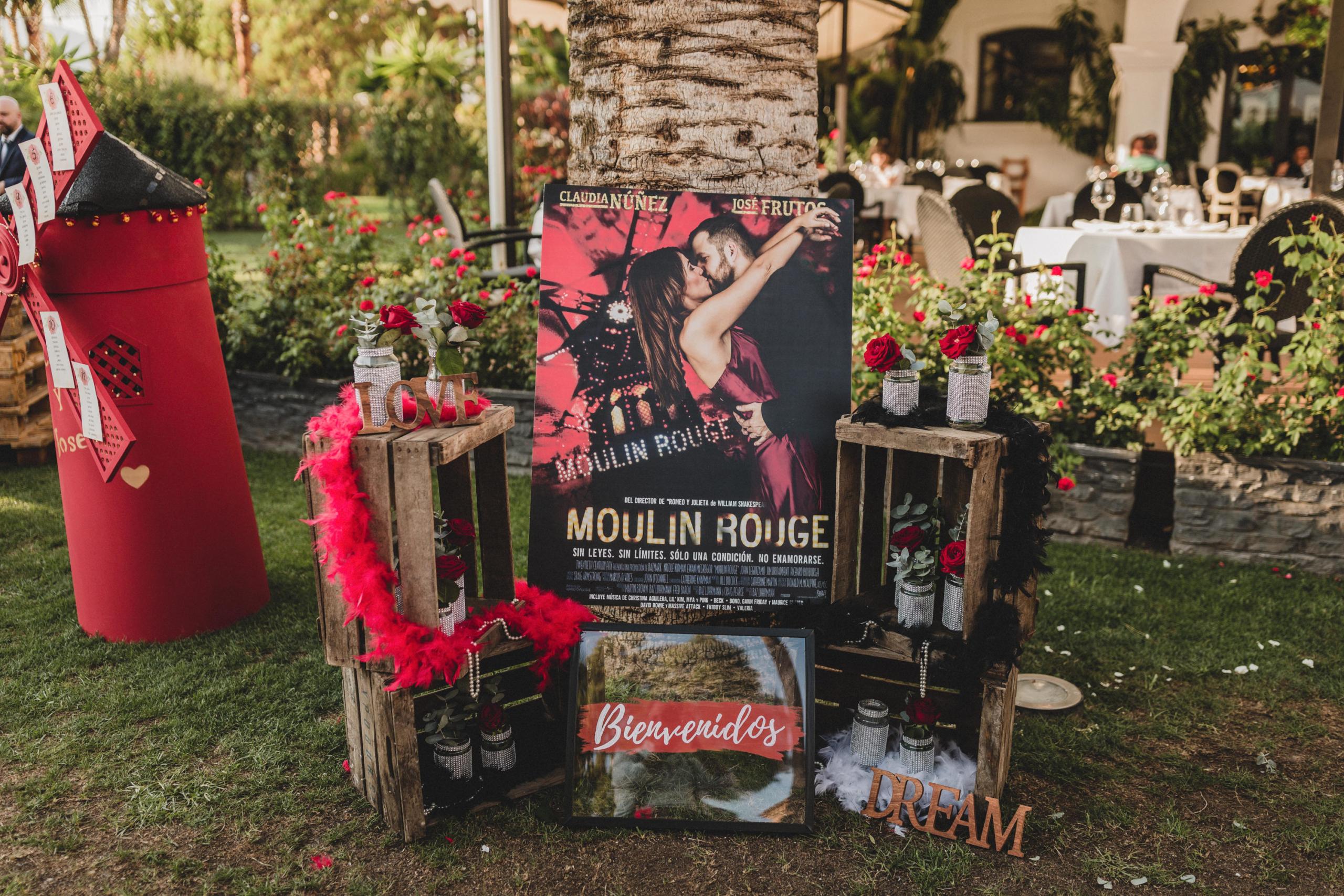 Boda con temática Moulin Rouge
